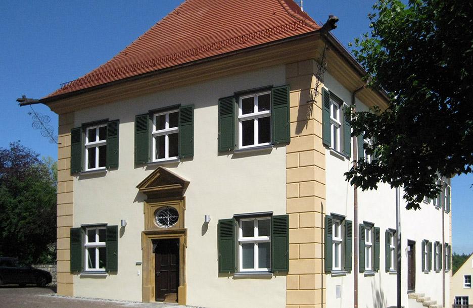 Gesamtanlage Kloster Kirchheim, Altes Pfarrhaus